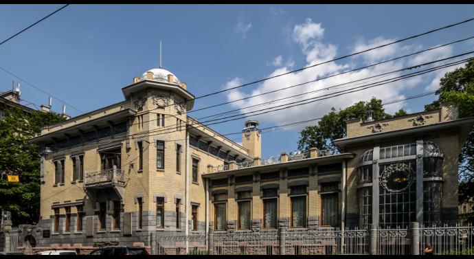 9 май в Музея на революцията